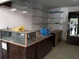 Shops available on rent kidwai nagar Govind nagar