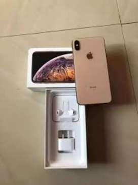 Apple I phone XS Max , Gold Indian , Mint fresh, box accessories 2,56g