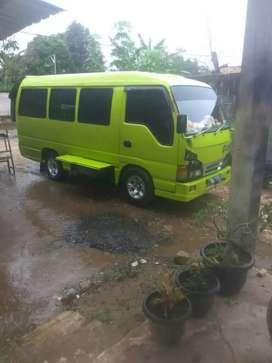 Isuzu ELF minibus Tahun 1997