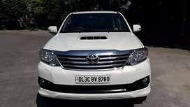 Fortuner 2013 Rs 1120000 manual