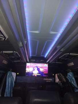 Bus mini elf nhr 55