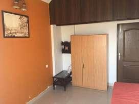 2 BHK on rent near Kokilaben Ambani Hospital, 4 Bungalow for INR 58 K!