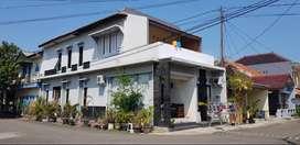 Rumah plus kamar kos