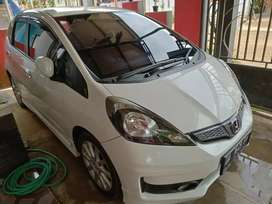 Jual murah Honda Jazz RS 2014 Matic
