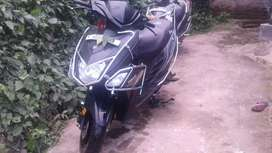 yamaha zr in showroo condition for sale