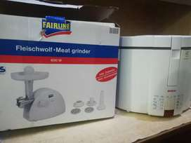 Combo deal of Meat grinder and Deep fryer.