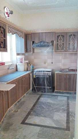 Semi furnished 3 Br, 1 drwaing R, Hall & Open kitchen 15000/m