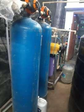 Water plant. 2000liter tank 4 (RO)purifier