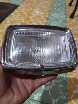 Replektor lampu depan suzuki Fr80