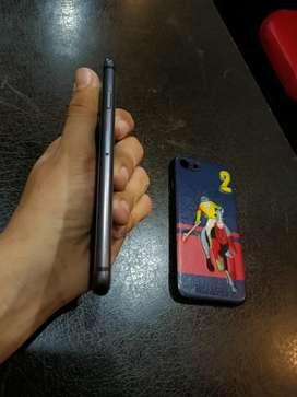 iPhone 8 64gb black good condition
