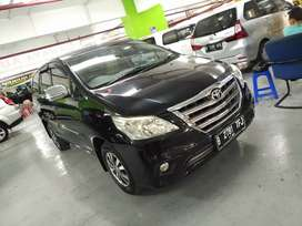 Toyota Innova 2.0 G AT Barong Th.2015 Hitam Sporty