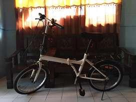 Sepeda Lipat Aleoka