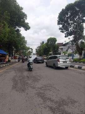 Tanah Bangunan Rumah Kawasan Premium Pinggir Jalan Kotabaru Jogja