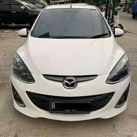 Mazda 2 R A/T 2012