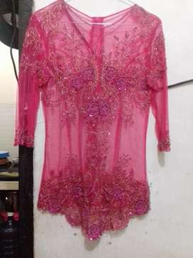 Kebaya payet pink