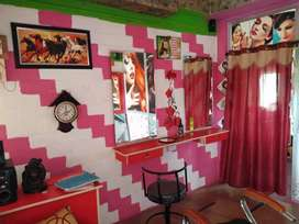 Beauty parlour for sale