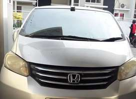 Jual  honda freed 2010