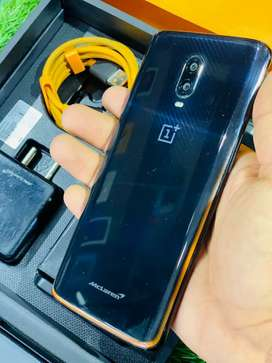OnePlus 6T Maclaren Edition 10/256  most loved Phon Powerful Processor