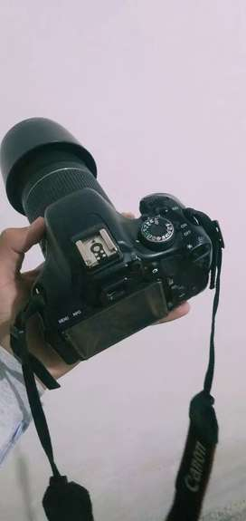 DSLR Canan 600 D with 55-25 lense and Bag,  All are 10/10 condition,