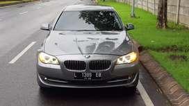 BMW F10 523i tahun 2010 nopol L Surabaya KM 50rban