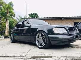 Mercy Mercedes Benz w124 Masterpiece e220