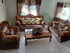 sofa set free bunga hiasan meja