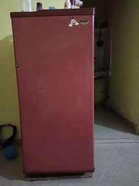 Selling fridge
