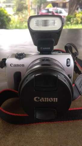 Canon mirrorles eos m jual murah