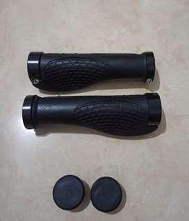 HANDGRIP Hand Grip Stang Stem Setang Sepeda Model Golok