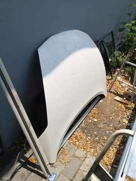 Kap mesin Nissan Juke