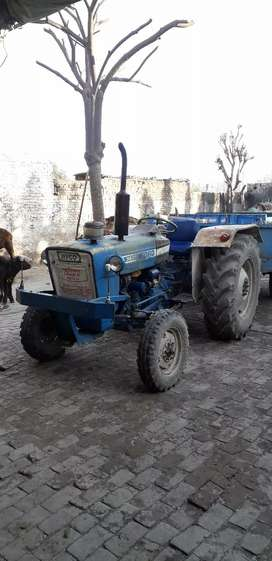Trackter ford 3600
