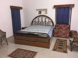 LAVISH PG ROOMS AVAILABLE (HOTEL CONDITION)