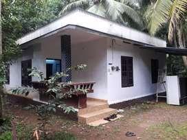 RC house with 7.5 cents near Bhavans school chevayur