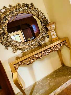 Console / mirror new condition for sale