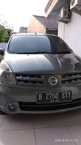 Nissan Grand Livina XV 2010 (Pemakai)