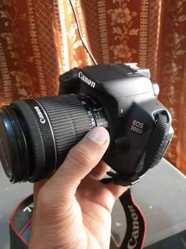 Camera Canon 700D Touch screen 10 by 10 Condition