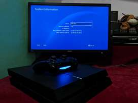 PS4 FAT 7.51 500GB with Benq Monitor and 10 Physical Disc Games