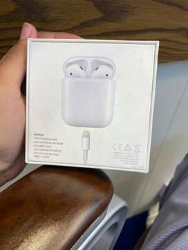 Airpods 1 with box left wala Airpod chalta chalta band ho jata