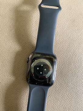 I watch  6 (GPS cellular 62000/- ) 44mm Graphite SS