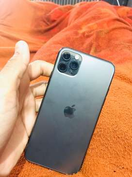 I phone 11 pro mAx 64 gb black colour