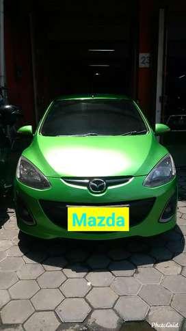 Mazda2 1.5 R AT 2012