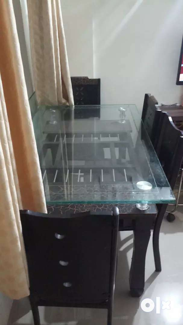 Glass Dining Table with 6 Chairs (6monthsold) 0