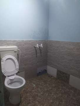 One room available for rent 4000/-