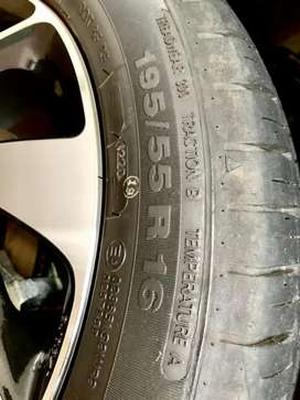 Apollo Alnac 4G 195/55 R-16 Total 120 km driven. Tyres only