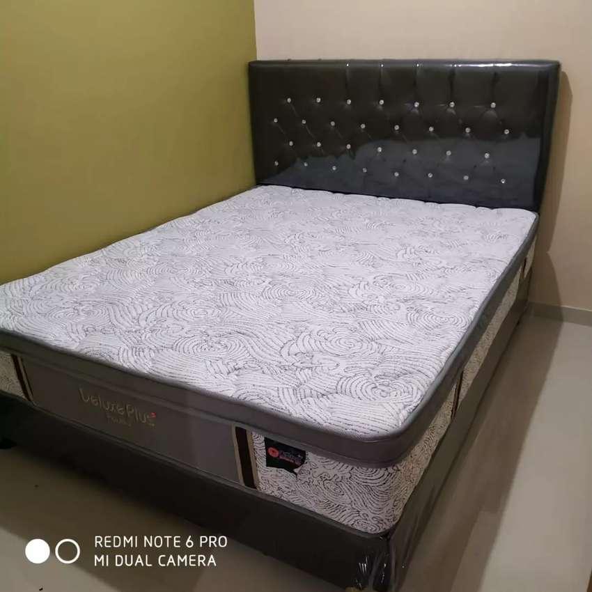 Promo gratis ongkir. Satu set kasur spring bed central deluxe plus