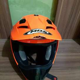 Helm cross MDS.