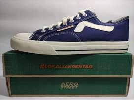 Aerostreet Uk 41&43 Jhosse Low Navy - Sepatu Sneakers Casual
