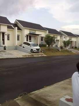 Rumah murah dan strategis dijual cepat BU  selisih harga 200 juta