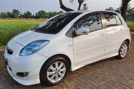 Yaris  S A/T LIMITED 2011