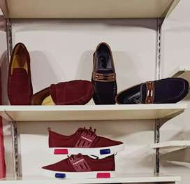 Shose for sale price different
